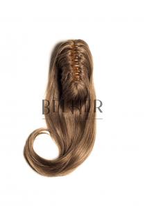 Blond Aluna Coada Cu Cleste