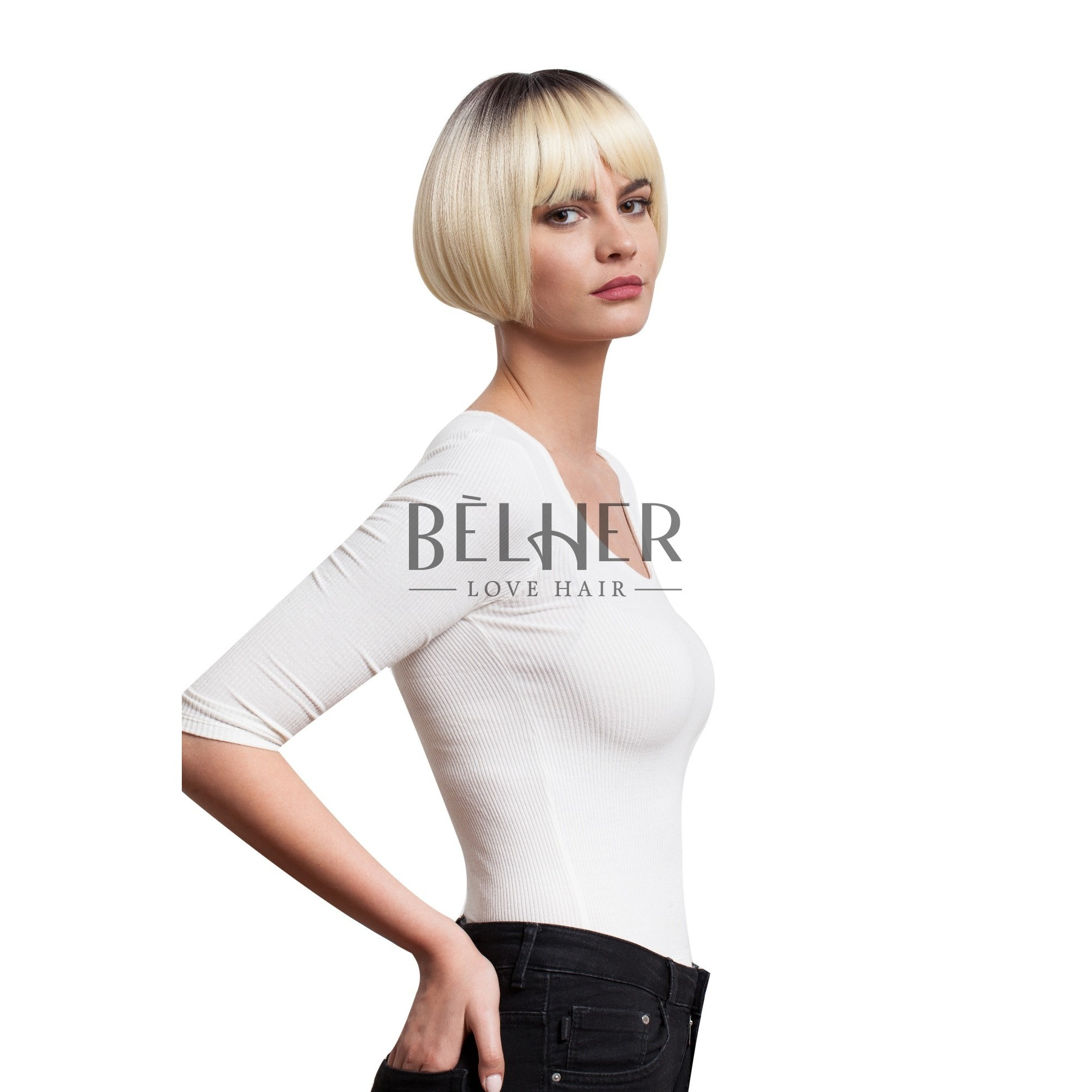 Bela blond
