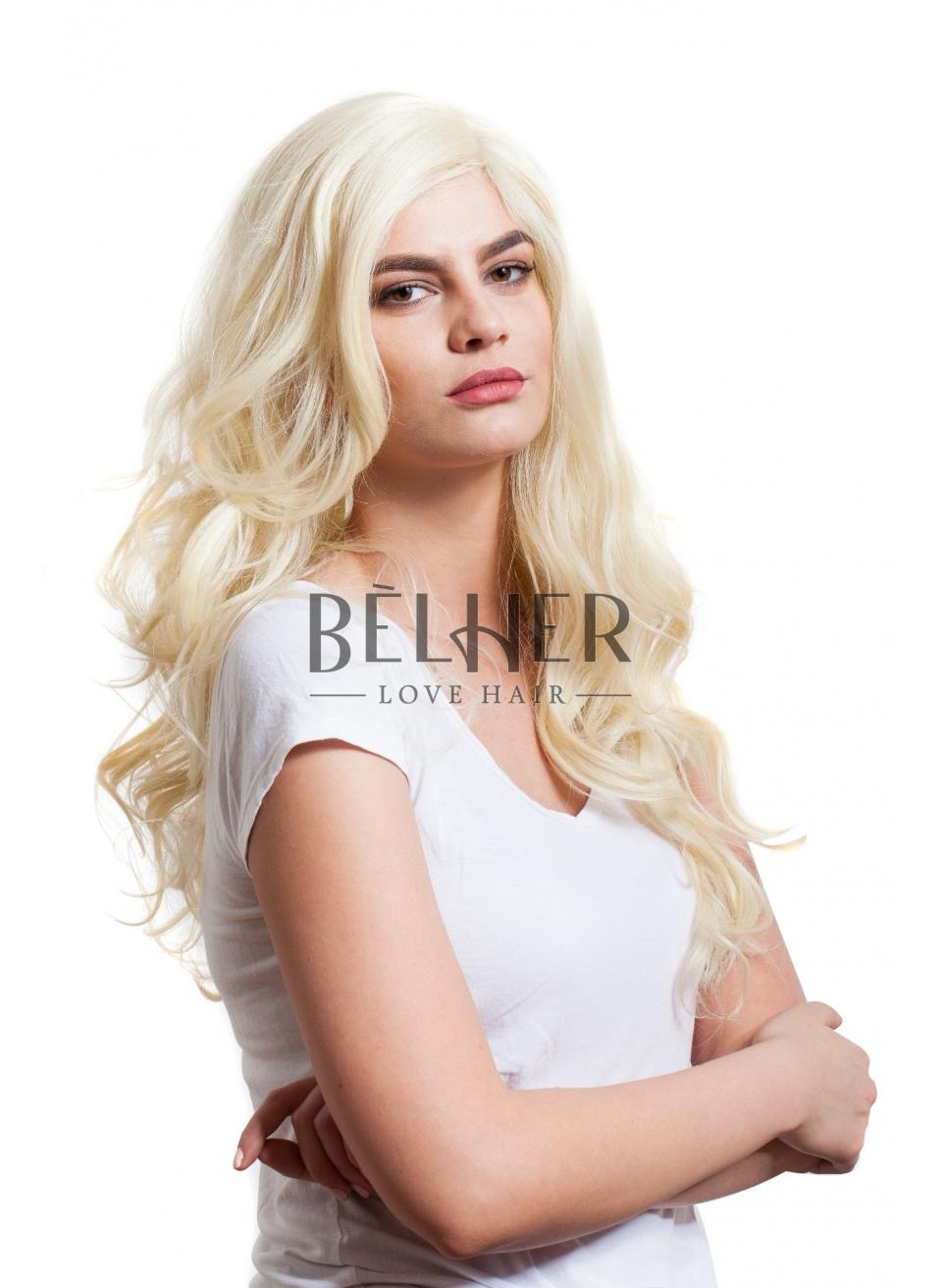 Peruca Sara Blond Deschis Din Par Sintetic Ondulat Lung